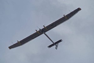Solar plane lands in Le Bourget