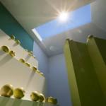 La luce che imita il sole: progetto hi tech porta raggi in stanza senza finestre